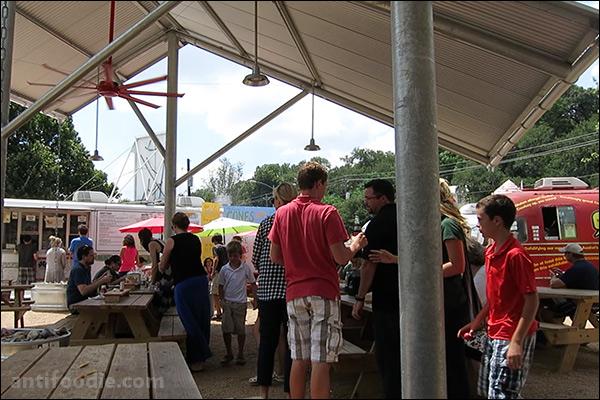 the picnic barton springs food trailer park