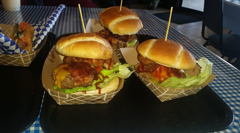 bbq lechon burger morton grove