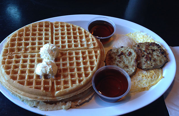 chicagos home of chicken and waffles evanston