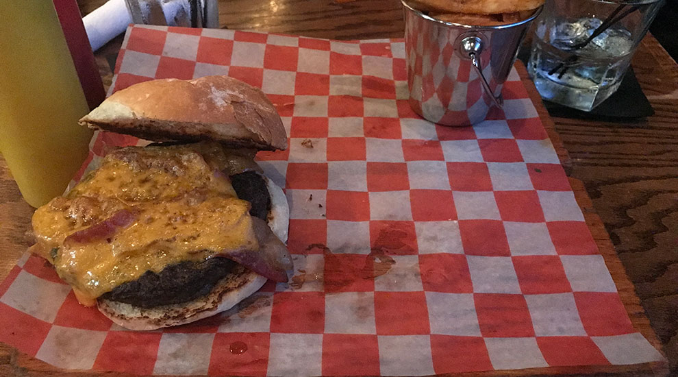 whiskey kitchen nashville burger