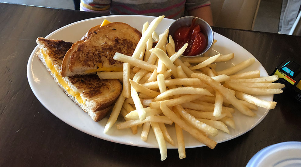 kids grilled cheese freds garage winnetka