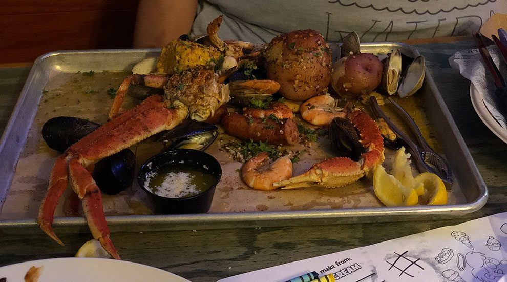 tybee island seafood plate crabby bills seafood