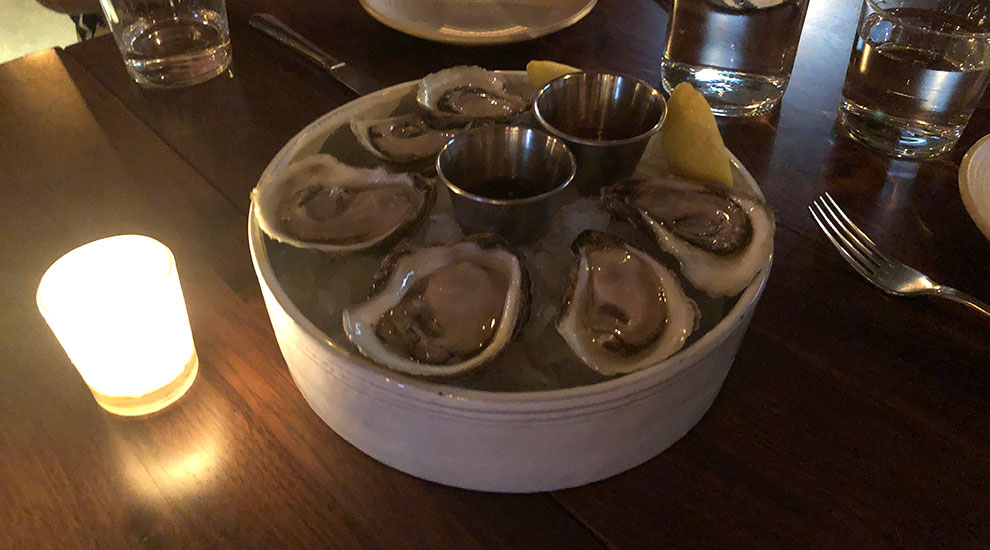 oysters the loyalist chicago