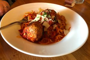 spaghetti and meatballs saranellos wheeling