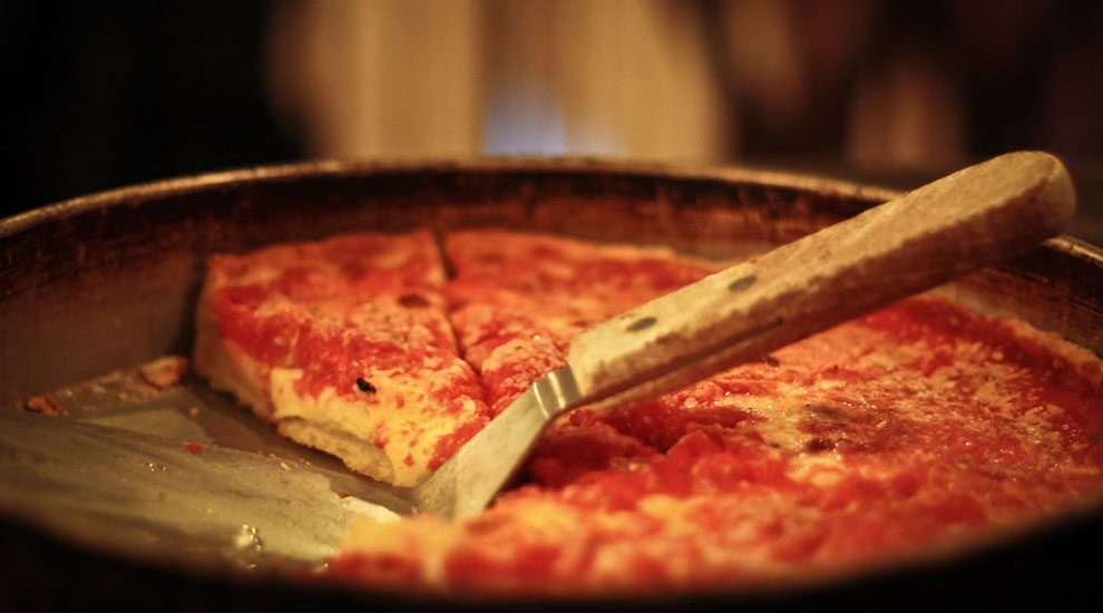 lou malnatis deep dish pizza chicago