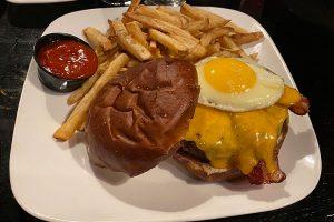 kuma burger kumas corner schaumburg