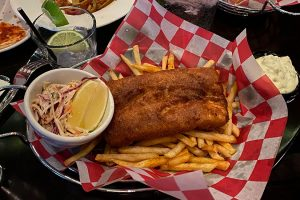 Fish N Chips - Five Roses Irish Pub Rosemont